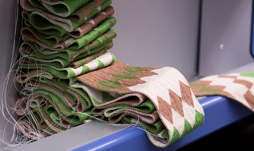 lmb-page-hero-knitting