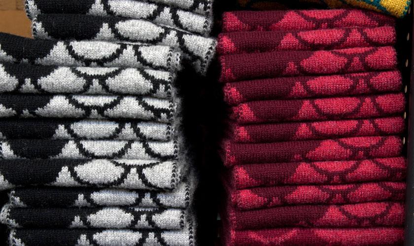lmb-page-hero-knitting-05
